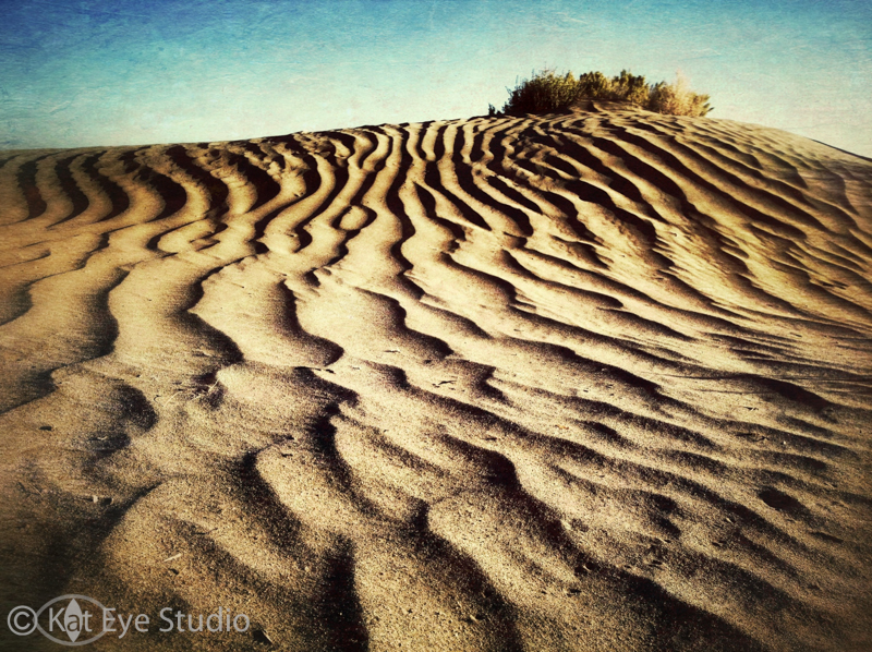 Christmas Valley Sand Dune Kat Sloma iPhone Photography Composition